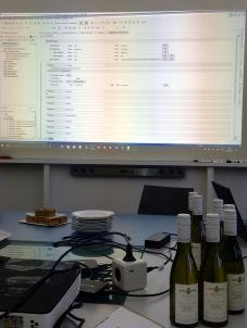 XML-Editor, Kabelsalat, Wein und Kuchen